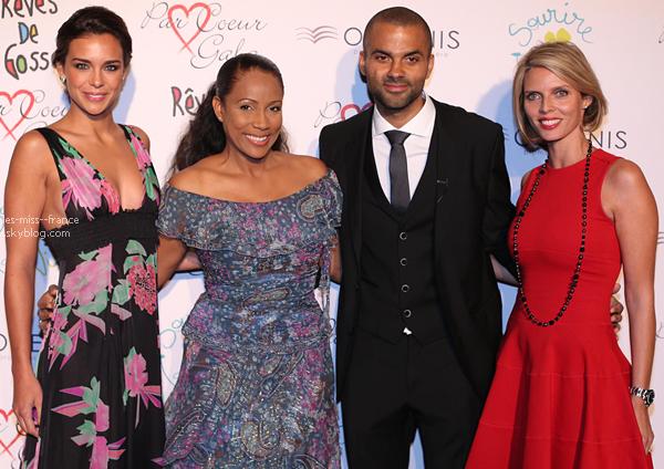 SORTIE -- Marine et Sylvie étaient au Par Coeur Gala, le 25 septembre 2014.