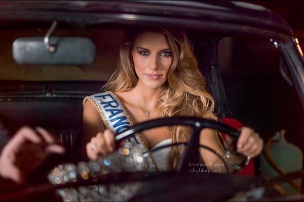 11 Déc. 2014 | Notre nouvelle Miss France, Camille Cerf fait la une des couvertures du magazine Gala.