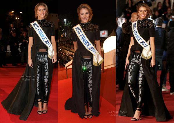 13 Déc. 2014 | Camille était sur le tapis rouge de Cannes, pour assister au NRJ Music Awards