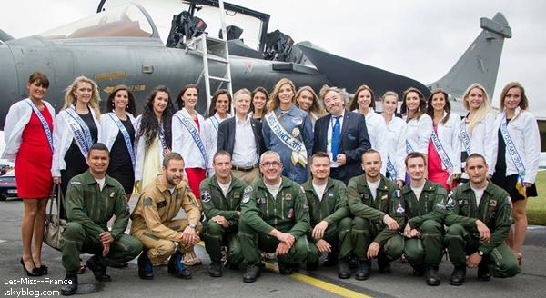 15 Juil. 2015 | Camille et Sylvie se sont envolés direction l'Ile de la Réunion, pour élire la prochaine Miss !