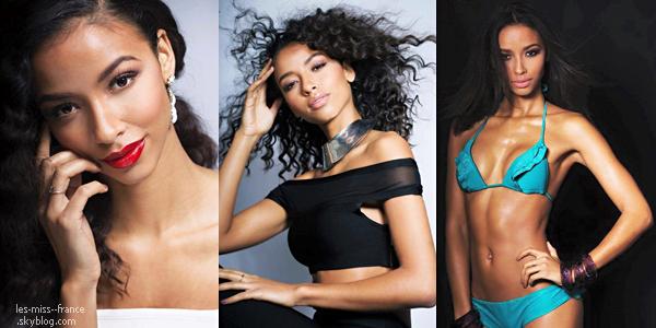 04 Déc. 2015 | Flora continue les shooting et cette fois-ci en maillot de bain en compagnie de Miss Haiti et de Miss Afrique du Sud