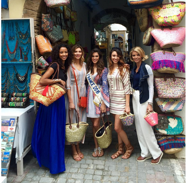 De nouvelles photos du voyage d'intégration d'Iris à Essaouira au Maroc. Malheureusement nous n'avons toujours pas de photos officielles.