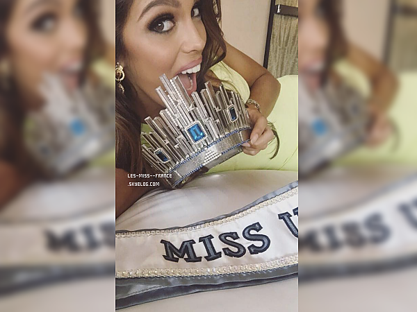 31 Janv. 2017 | Première journée dans son nouveau rôle de Miss Univers !