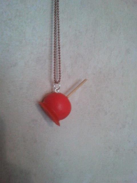 collier pomme d'amour