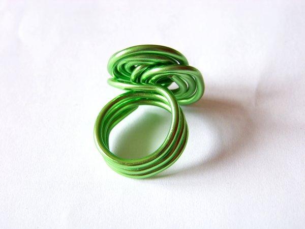 bague spirales vertes