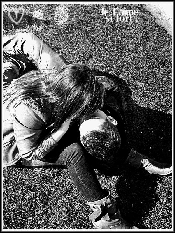 ~ Parce que tu es le seul qui m 'a appris à conjuguer le verbe aimer à tout les temps !   Onze novembre deux mille onze.. ♥