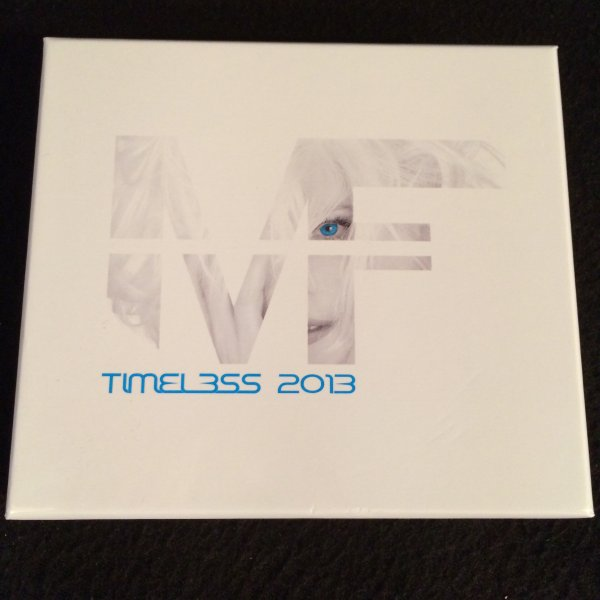 COFFRET COLLECTOR ALBUM TIMELESS 2013