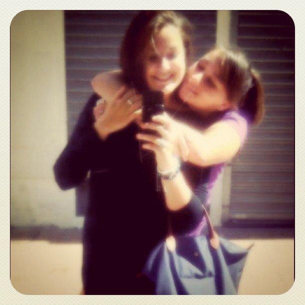 ; Elles fait de ma vie un rêve &é de mon rêve une réaliter.. L'une de mes plus belles amitiés    ♥..