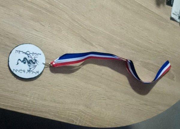 Fabrication de médaille