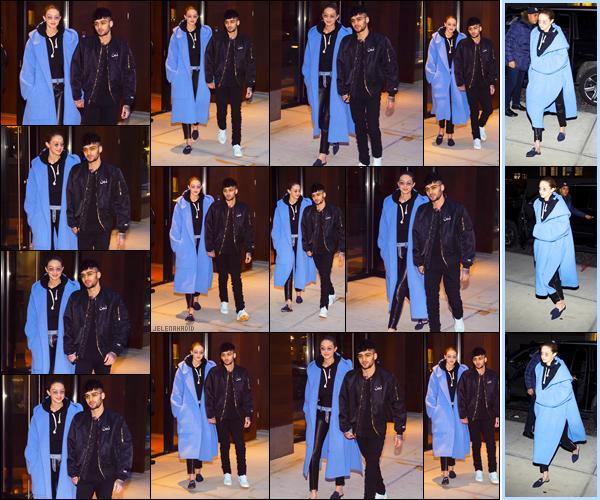 """"""" •  29/01/18    —  Gigi Hadid et son petit-ami zayn Malik ont été vus quittant l'appart' de cette dernière à Manhattan, NYC' !Enfin une news des deux amoureux ensemble,  pour ce qui est de la tenue de notre Mannequin j'opte pour un bof, car j'aime le manteau.  """""""