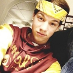 Taylor Caniff.♥