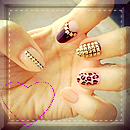 Pack nails