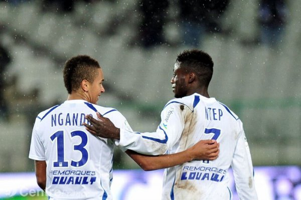 Le duo Axel Ngando / Paul Georges Ntep