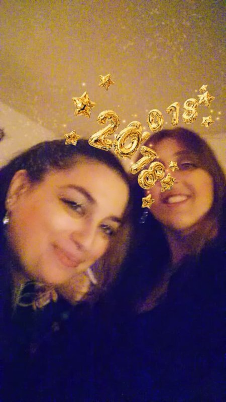 tres bonne année à tous et toutes :)
