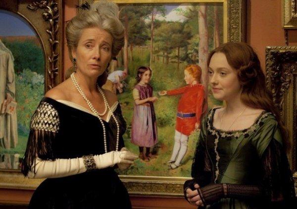 """Les premieres images du film prochain film de Dakota Fanning """"Effie"""""""
