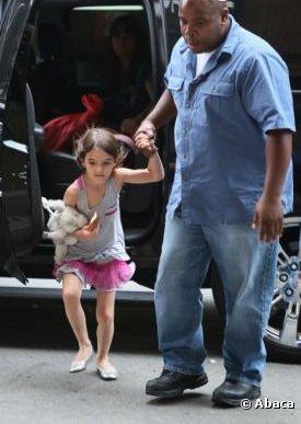 Tom Cruise et sa fille Suri se sont rendu au complexe sportif Chelsea Piers puis au magasin Make Meaning à New York