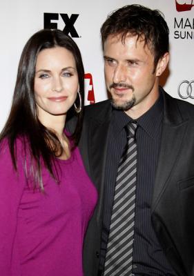 David Arquette et Courteney Cox : : il a demandé le divorce .