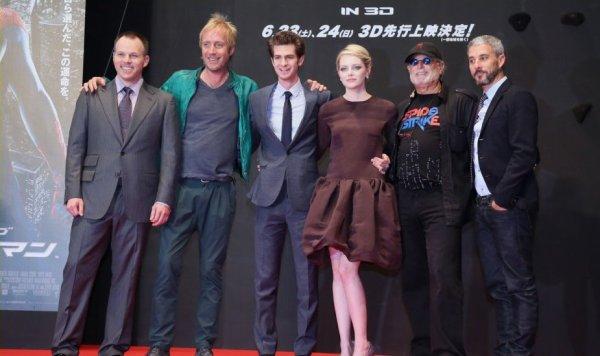 """Emma Stone et Andrew Garfield à la première mondiale de leur film """"Spider Man"""""""