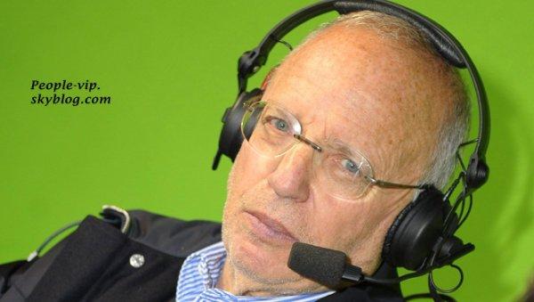 Triste nouvelle : la mort du commentateur sportif  Thierry Roland le 16 juin à l'age de 74 ans.