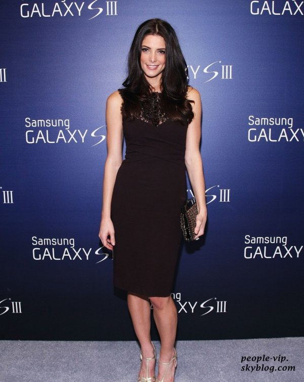 Ashley Greene a participé au Samsung Galaxy S III Launch aux studios Skylight à New York City. Mercredi, 20 juin