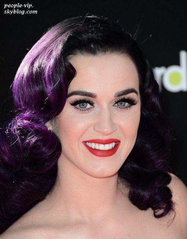 """La première du film """"Katy Perry: Part of Me 3D"""" au théâtre Grauman's Chinese à Hollywood. Mardi, 26 juin"""