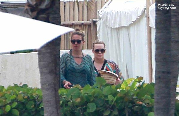 Hilary Duff en vacance à Mexico avec sa grande soeur Haylie. Lundi, 25 juin