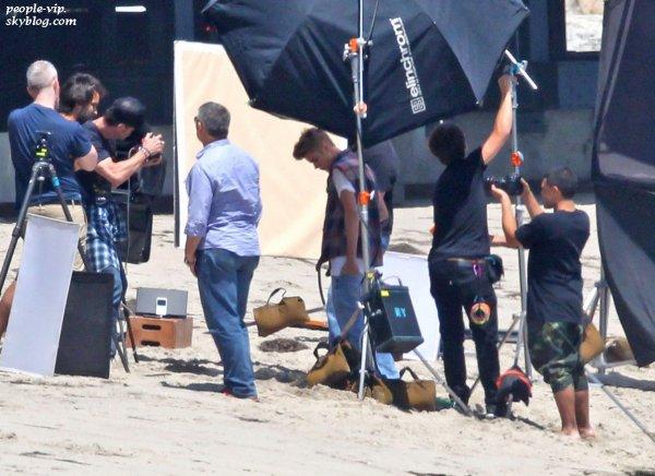 Justin Bieber dans les coulisses d'un photoshoot à Los Angeles. Jeudi, 28 juin