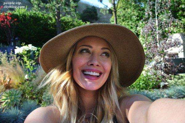 Hilary Duff est heureuse et elle le montre en postant des photos magnifiques d'elle et de sa petite famille.