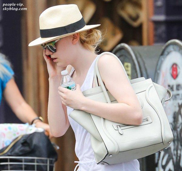 Dakota Fanning sortant de son cours de gym à New York. Jeudi, 28 juin