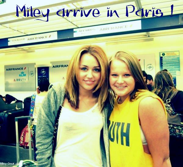-      o4 Septembre 2010 -      -----Candid-----  Miley se rendant a l'aéroport pour venir chez nous !  -  ----  Youtube  ---- Mileyraycyrus-france