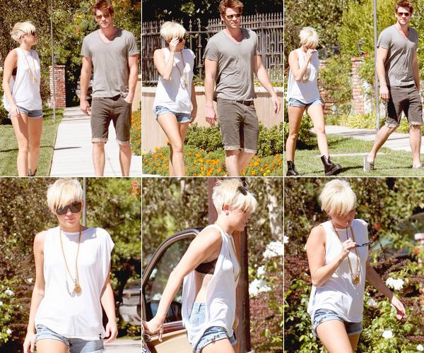 Le 02 septembre 2012 Miley et Liam à Pasadena.  Miley et Liam sont allés rendre visite à un ami à Pasadena. Miley a posté de nouvelles photos perso [Photos]  -