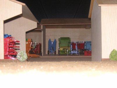 Ma ferme (il manque quelques matériels que j'ai entreposé sous un autre hangar)