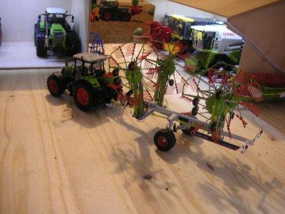 nouveauté dans la ferme : CLAAS Liner 3000