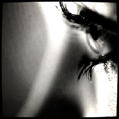 ~♥Mon coeur pleure encore ton                   absence♥~