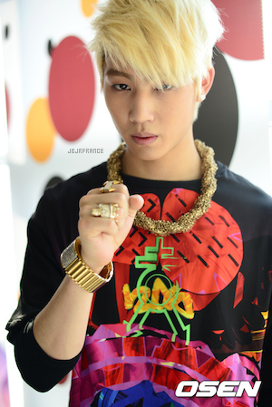 PHOTOS 22.05.2012 — JJ Project pour Osen ! Les photos arrivent en masse, bande de chanceux !