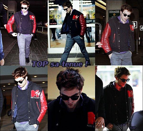 ____ 21 février 2011 | Robert arrivant à l'aéroport de Vancouver !  Il était prêt à continuer le tournage de Breaking Dawn... et il était complètement canonissime !____