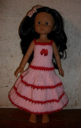 robe poupée chérie rose et rouge style Espagnole.