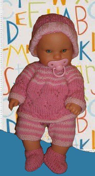 ensemble rayé rose, brassière ajourée, bonnet, chaussons et short, tuto bonnet.