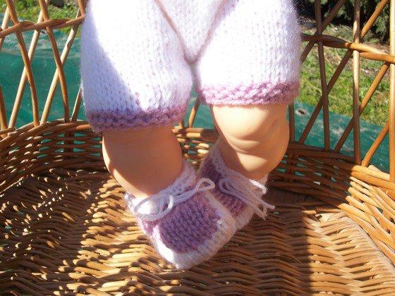 ensemble poupon: brassière, short et chaussons violet/blanc