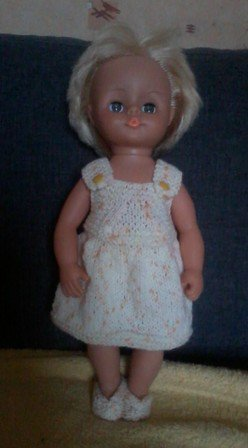 robe salopette poupée 40 cm et ballerines.