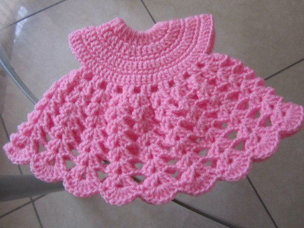 tuto: robe poupée au crochet.