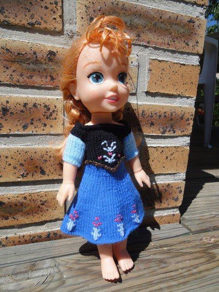 tuto tricot robe la reine des neiges pour  poupée de 30 cm.