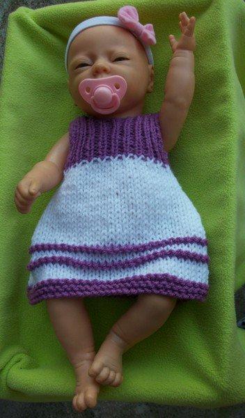 différentes robes pour ma poupette nouveau né de 40 cm