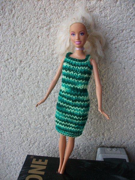encore 2 robes pour Barbie .