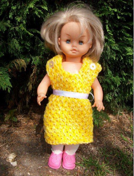 robe jaune pour l'été.