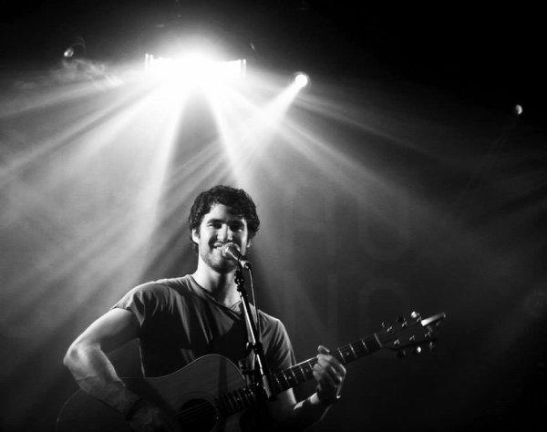 Photo coup de coeur <3  du concert de Darren au Nouveau Casino de Paris