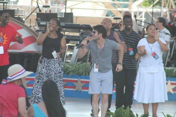 """Darren en répétitions du """"Capitol Fourth Concert"""" le 03/07/2013"""