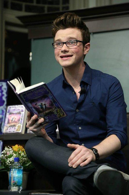 Chris au Barnes & Noble NY en promo pour son livre le 6 août 2013