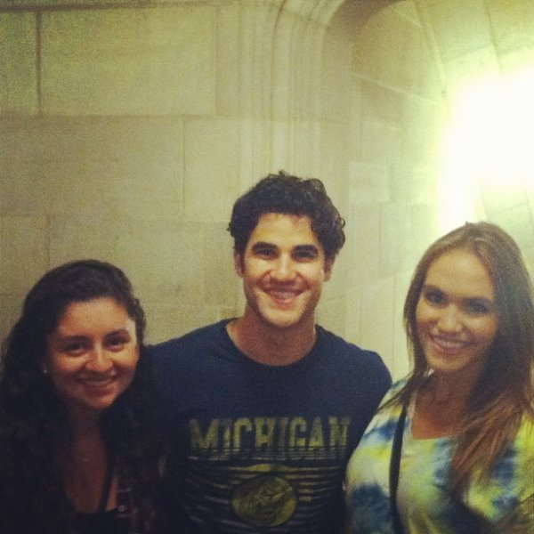 "Darren Criss à Ann Arbor au ""rally pep"" de l'université du Michigan le 06/09/2013"