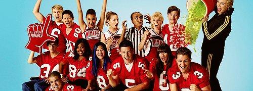 Photo promo de toutes les saison de Glee